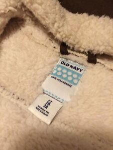 Old Navy Girls Fall / Winter Jacket size 2 T Gatineau Ottawa / Gatineau Area image 3