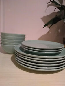 IKEA dish set 14 piece