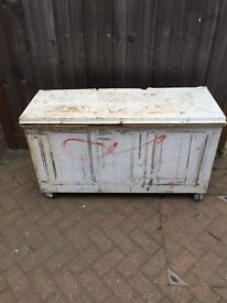 METAL CHEST TRUNK LARGE