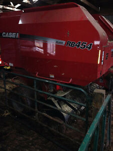 RB 454 Silage Special Round Baller