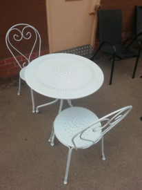 Metal Garden Outdoor Table with 2 Chairs only £85 per Set. Real Barga.