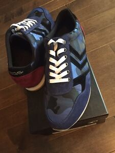 Men's shoes - Brand new - size 8.5