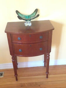 Bombay Company Cherry Accent Hall Table