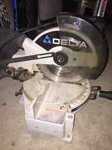 Delta Compound Mitre Saw