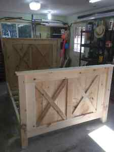 Knotty Pine Bed Queen size