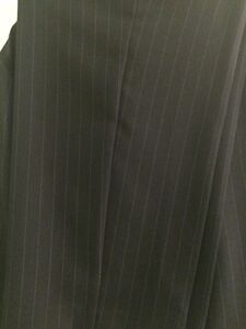 New Women's Pant Suit Belleville Belleville Area image 5