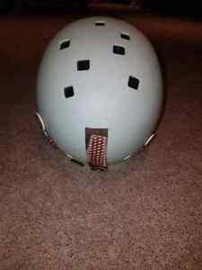 Ski helmet Regina Regina Area image 3
