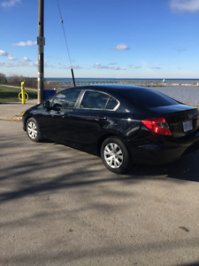 ****2012 HONDA CIVIC 4 DR GREAT CONDITION ****