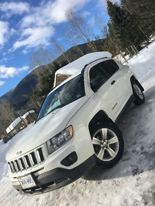2011 Jeep Compass SUV, Crossover