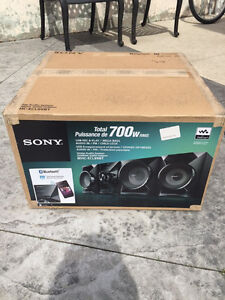 Sony Home Audio System MHC-ELC99BT 700 Watts