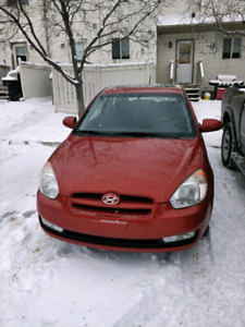 2009 Hyundai Accent LOW KM 2 SETS OF TIRES