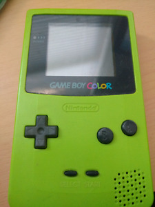 Green GameBoy Colour - Damaged