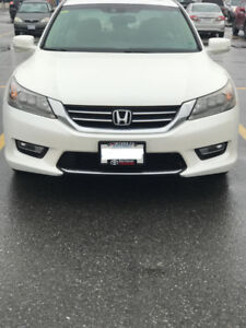 Honda Accord Touring 2013 With warranty upto 160k & winter tires