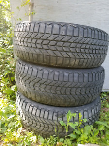 (3) 225/60r17 winter tires