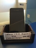 Excellent condition iPhone 4 8GB - Rogers