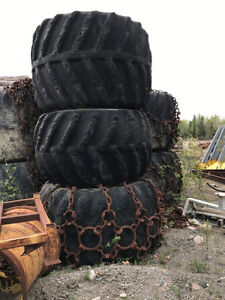TIRES RIMS & CHAINS 4 JOHN DEERE SKIDDER