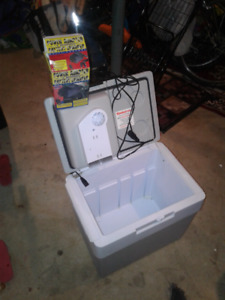 Car cooler with charger