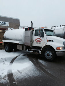 Septic truck with jetter