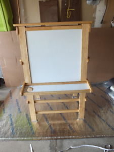Kids Paint board in great condition