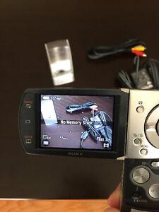Sony Cybershot DSC-M2 5.1MP Digital Camera with 3x Optical Wide Kitchener / Waterloo Kitchener Area image 6