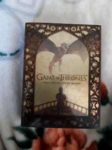 Complete fifth season game of thrones and 2 360 xbox games