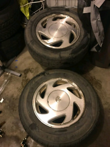 Toyota Sienna original rims and tires