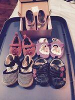 Chaussures bébé fille grandeur 3-4