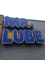 MR. LUBE FAIRVIEW BURLINGTON AND SPEERS OAKVILLE HIRING F/T