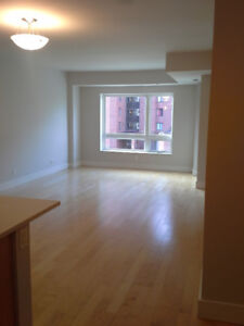 2 bedroom apartment for rent with first month FREE