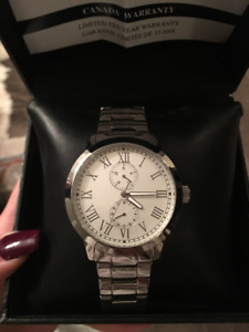 BRAND NEW MENS GUESS WATCH!!!