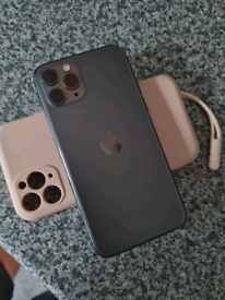 Iphone 11 pro unlocked no postage