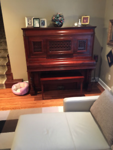 Beautiful Antique Morris Piano