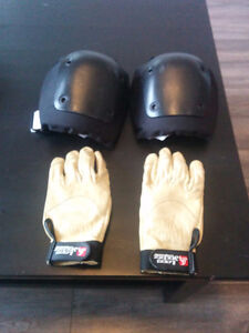 Knee pads and gloves for sliding