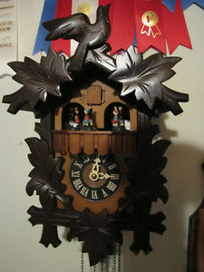 Beautiful mint musical Cuckoo clock