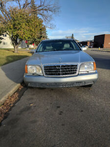 1992 Mercedes-Benz 400-Series 400SE Other