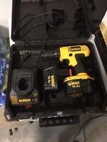 Drill dewalt 14.4v