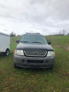 2004 ford Explorer EB edition 1200$ OBO