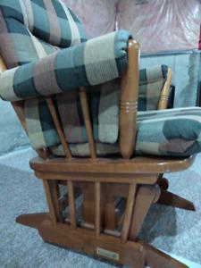 Dutailier Rocking Chair