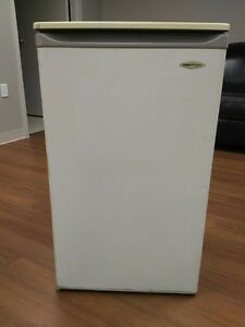 DANBY MINIATURE REFRIGERATOR FOR SALE