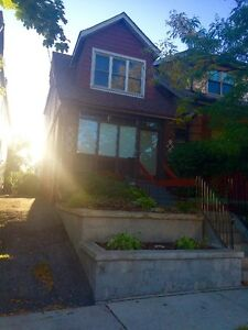 Danforth & Woodbine - Entire Detached House for Rent