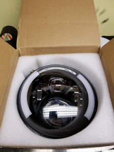 """7"""" Harley Davidson headlight with integrated signals"""