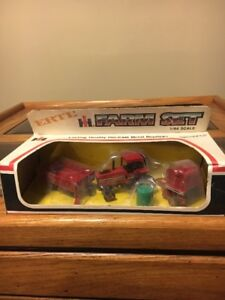 1980's International Harvester Farm Set