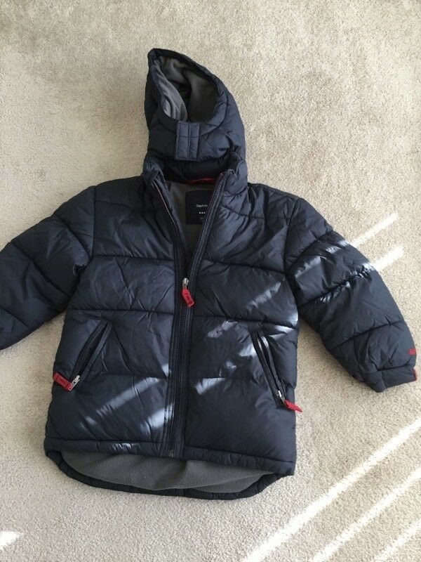 8f67f5a7bcd0 Gap xs boys padded coat as new