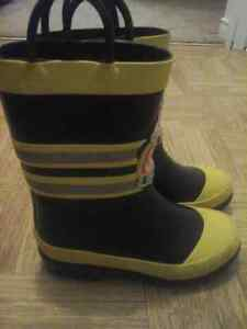 Size 10 Rain Boots Peterborough Peterborough Area image 2
