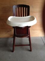High chair $80 Obo call 5199812949