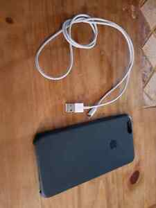 Iphone 6 plus silicone case and lightening cable