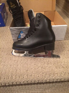 Boys & Girls Figure Skates