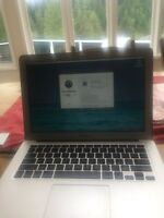 Someone who knows how to use an Apple MacBook! $100