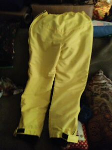 Descente high end yellow ski pants size 34 London Ontario image 2