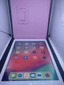 Apple iPad Air 16GB with case, charger and plug